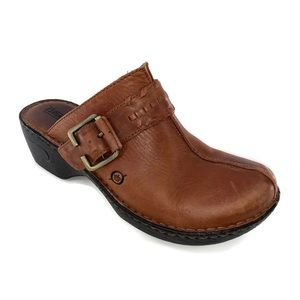 BORN~ Size 9 Leather Mules Clogs